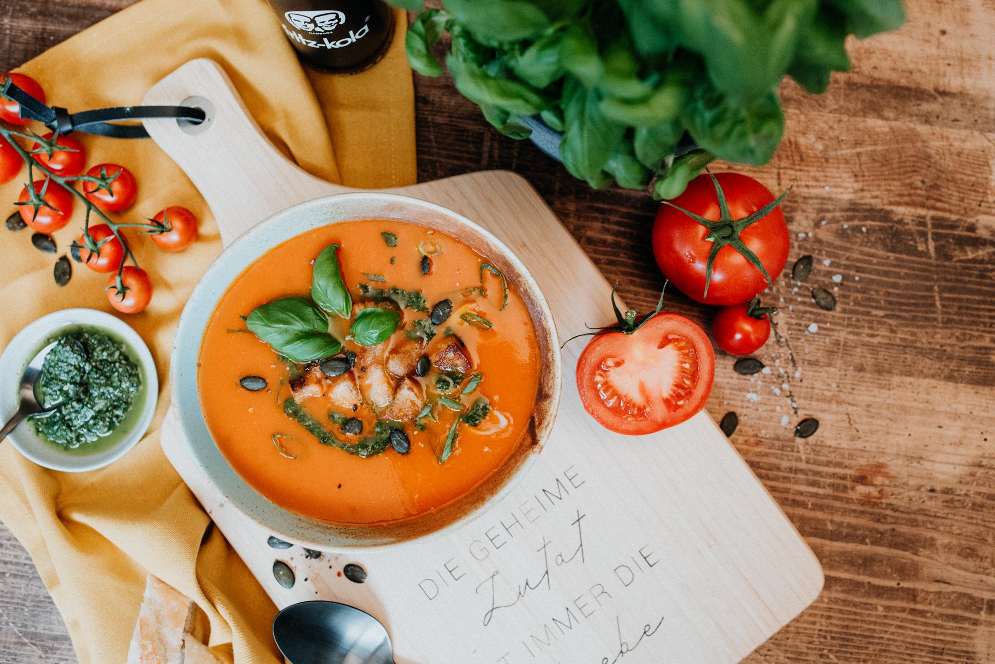 Fruchtige Tomatensuppe (vegan)